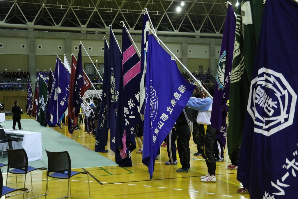 部旗が出揃うのは開会式ならではの光景