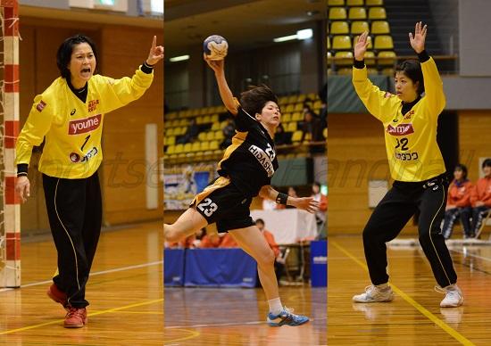 岡山出身選手が火花を散らす(左から広島・毛利、飛騨高山・友野、広島・板野)