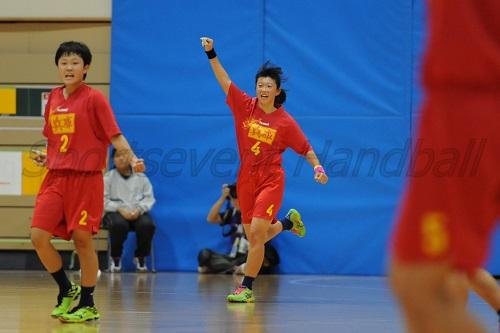 兵庫は試合終了間際の奥田(中央)のゴールで勝利を手にした