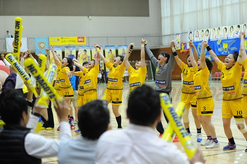 名古屋は会場をチームカラーの黄色に染めてソニー撃破をめざす