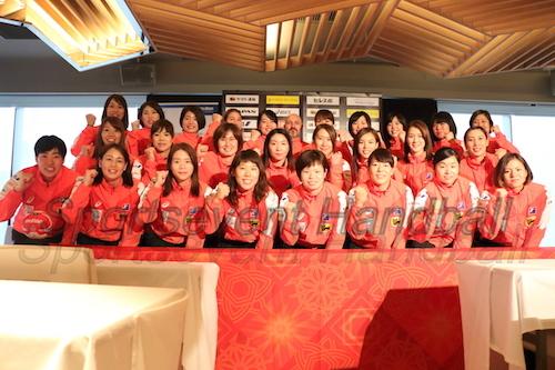 記者会見に出席した日本女子代表・おりひめジャパン